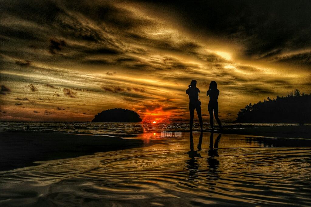 Sunset on the beautiful Kata beach.